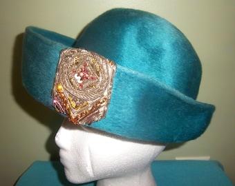 Original Jan Leslie Custom Design Turquoise Hat Union Label