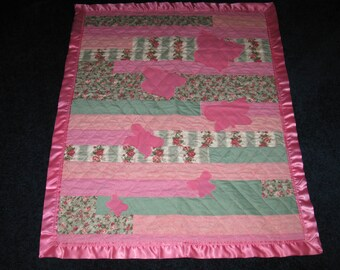 Sale - OOAK Little Girls Roses and Butterfly Quilt