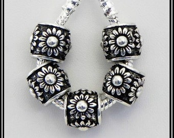 SUNFLOWER - Flower - Design - Antique Silver Charm Bead - fits European Bracelets - MS-2076