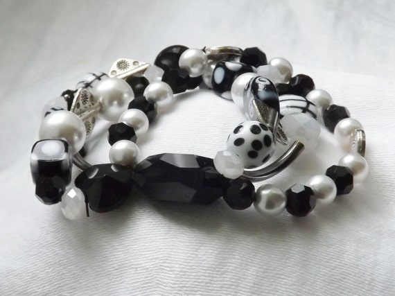 Black & White Eclectic Bracelet on Stretch. Chunky and Funky!