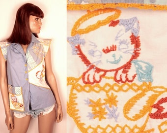 70s kitty embroidered top // ruffle cap sleeves