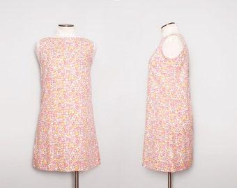 1960s Mod Mini Dress / Vintage 60s Mod Shift Dress / Medium Large