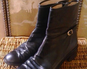 70s black leather Italian ankle boots