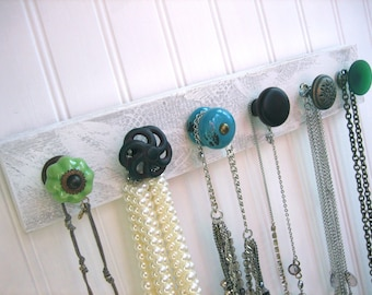 Diyer make your own jewelry rack by auntdedesbasement on for Make your own jewelry rack