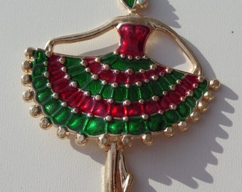 20% off, 75x56x5mm, 1 Red and Green Dancing Lady Pendant, P2