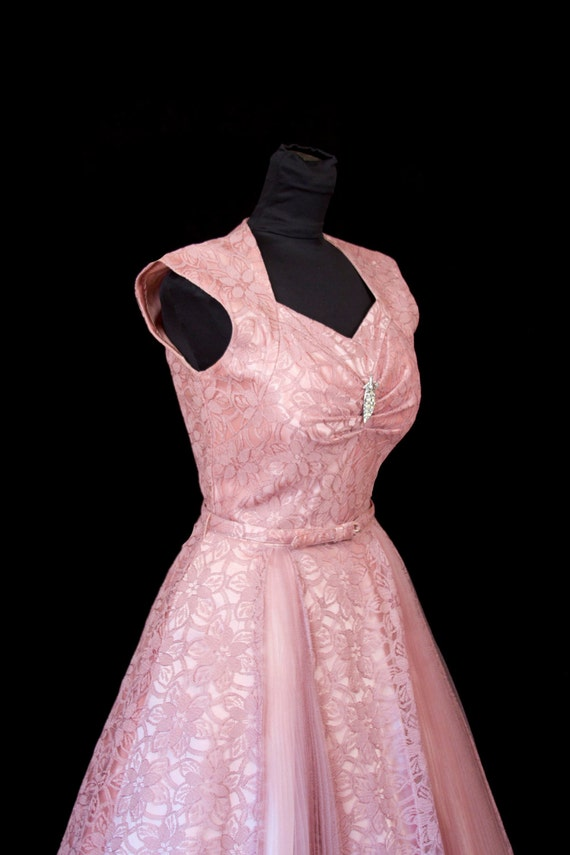 1950's Dress //  Full Skirt Pink Lace and Tulle Dress