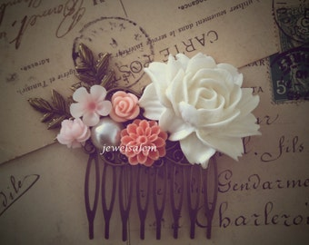 Pink Wedding Hair Comb Soft Blush Tea Rose White Big Flower Vintage Style Romantic Bridal Head Piece Floral Leaf Shabby Chic Woodland Boho
