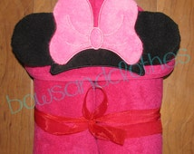 Minnie embroidery Hooded Towel In the hoop design digital instant download
