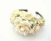 White  ivory prom corsage - custom corsage - Bespoke - bracelet - wrist -  keepsake  - mother's - bridesmaid corsages