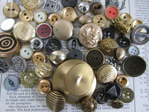50 Vintage Metal Buttons, Steampunk Jewelry Supply lot, DIY jewelry, Scrapbooking, Sewing Supplies, Vintage DIY kit, old metal findings, 1H