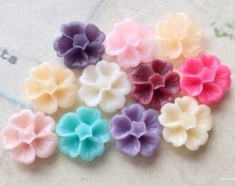 6 Pairs of 13 mm Assorted Colour Morning Glory Resin Flower (.ss)