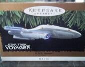 Star Trek USS Voyager lighted Hallmark Keepsake