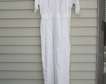 Vintage white Edwardian Era Lawn dress w French knot embroidery