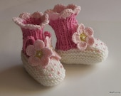 Baby booties Spring Flowers Pink knit baby girls shoes booty newborn