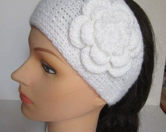 Knitted Girl Headband, Knit Ear Warmer, Girls Flower Ear warmer, White Knitted Headband, Girls Knit Head Wrap, Girls Headband With Flower