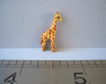 Tiny Giraffe Ornament/Figurine for the Dolls House