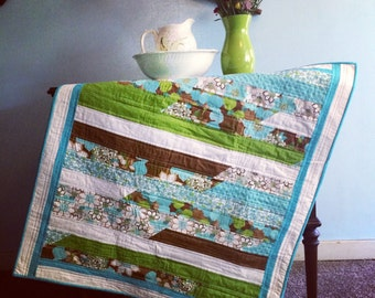 Contemporary Gender Neutral Baby Quilt