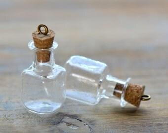 2 - Clear Square Bottle Charms Antique Bronze Cork GlassTerrarium Bottle Apothecary Bottle Vintage Style Pendant Charm Jewelry Supplies