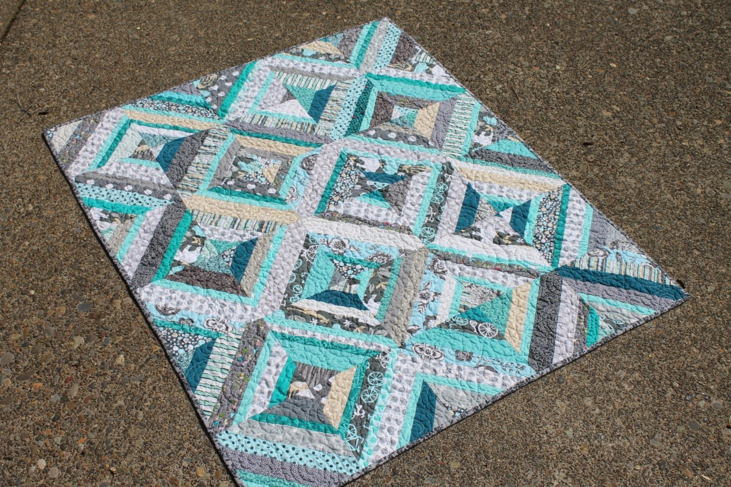 Baby String Quilt In Turquoise Gray White Scrappy Patchwork