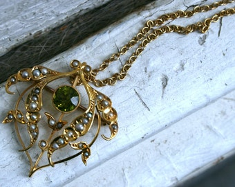 Antique Art Nouveau 9ct Gold Green Zircon and Seed Pearl Necklace