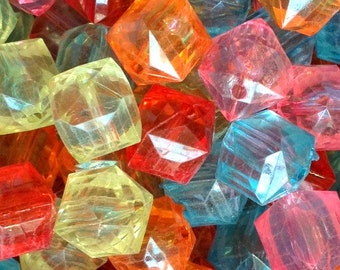 20ct Ice Cube Chunky Transparent Faceted Beads 20mm Acrylic Beads - You Choose Color(s)