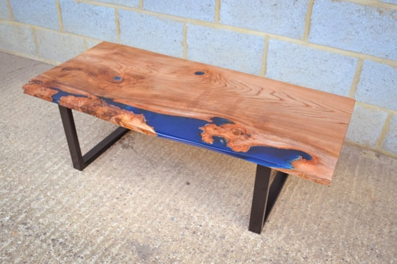 table bois resine phosphorescente. Black Bedroom Furniture Sets. Home Design Ideas