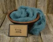 Hosta - Needle Felting  Wool - Natural Wool Roving -Wet Felting Wool-Nuno Felting-Spinning