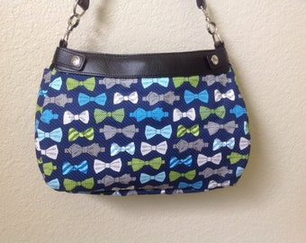 Bow tie one on print handmade Thirty One SUITE skirt purse cover