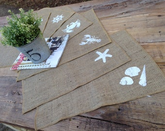 Burlap placemats in beach theme