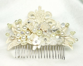 Wedding Hair Accessories- Pearl Hair Comb-Vintage Inspired Hair Piece- Ivory Bridal Comb-Bridal Hairpiece-Pearl Bridal comb
