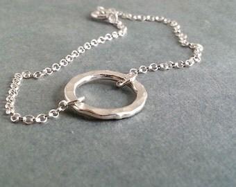 Eternity Bracelet. Silver Circle  Bracelet. Sterling Silver Bracelet. Delicate Minimal Dainty. Layering Bracelet