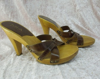 Leather Clogs Mules Slides Vintage MIA Wood Brown Womens Size 9 Woven  Brazil