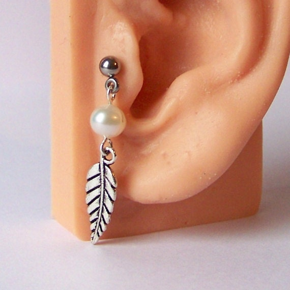 Tragus piercing cartilage piercing helix by jewelednavel for Helix piercing jewelry canada