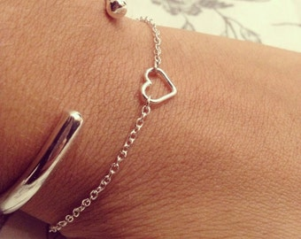 Silver heart bracelet with chain