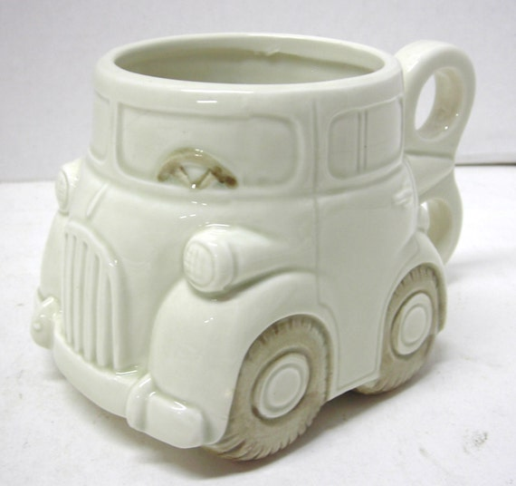 1978 Fitz And Floyd Auto Mug Coffee Cup Of Wind Up Toy Car