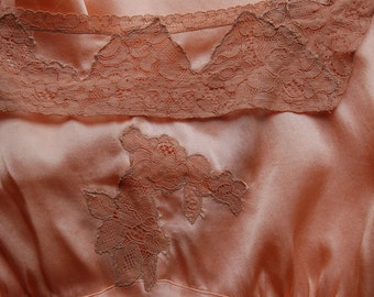 1920's 1930's bias cut peach silk satin and lace night gown