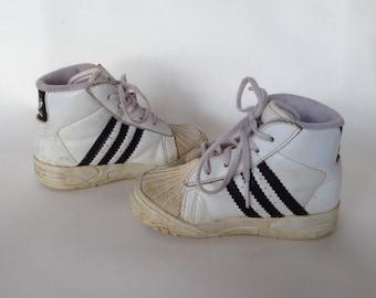 Vintage baby toddler adidas size 5
