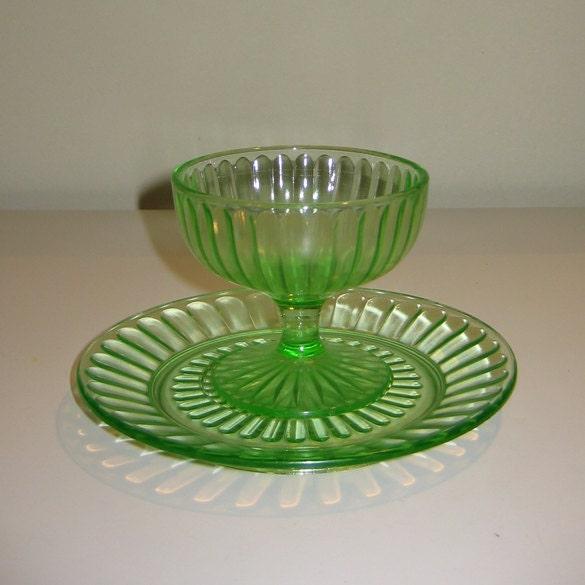 Rare hazel atlas vaseline uranium depression glass sherbets for Most valuable depression glass patterns
