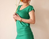 Green Jerseydress with balloon skirt