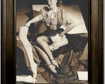 Gil Elvgren Pin Up Girl Art Print 8 x 10 - Painting Reference Photo - Pinup with Mannequin Parts - Rockabilly