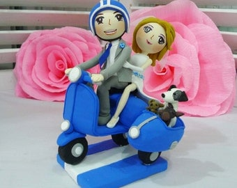 Wedding Cake topper Blue Vespa wedding clay couple with Side attachment for their pets clay doll, clay miniature, clay figurine wedding gift