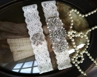 SALE-Wedding Garter - Bridal White Lace Garter Set-Rhinestone Garter-Applique Garter-Vintage-Bridal Garter-Off white-cream-Garter