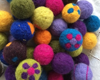 Needle felted wool  cat toy balls with catnip inside.