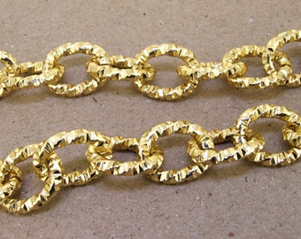 Shiny Cut Twist O Gold Plated Metalic Aluminium Chunky Curb Chain ----- 16mmx 19mm---thickness about 3mm----38""