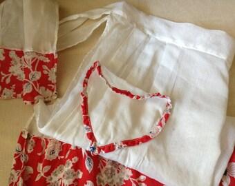 Vtg 1940s // Cotton Half Apron // Red Heart Pocket