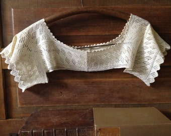 Antique Crochet Lace Collar Dress Accessory ~ Victorian ~ Edwardian ~ Downton Abbey