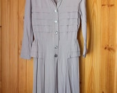 On Hold Do Not Buy Vintage 1940s dress AS Is / Dove grey long-sleeved / 26 in waist