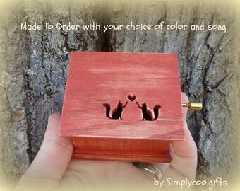 music box, love cats music box, cats music box, wooden music box, custom music box, personalized music box, simplycoolgifts, music box shop