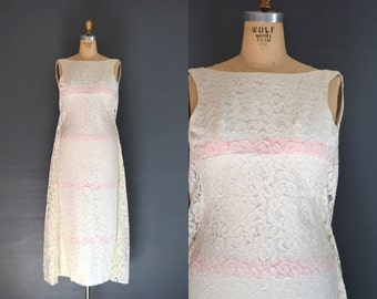 SALE 60s lace dress / 1960s wedding dress / Ellen