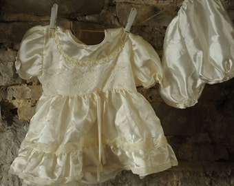 Vintage baby Christening dress / Baptism gown 1980s Beautiful satin ivory baby dress Bridesmaid dress